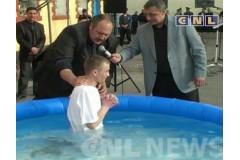Водное крещение в одесской исправительной колонии строгого режима